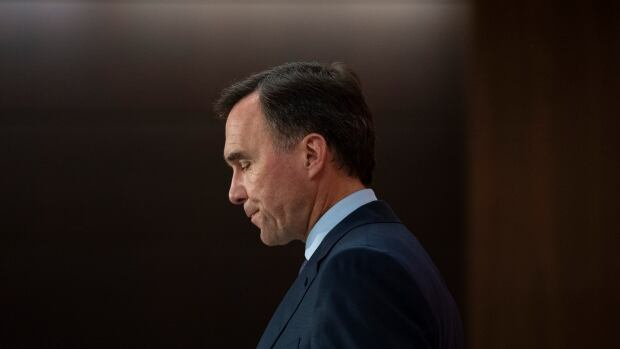 Bill Morneau resigns as finance minister and MP, will seek to lead OECD